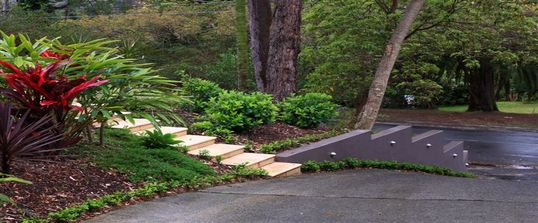 Home-Page-Natural-landscaping-design