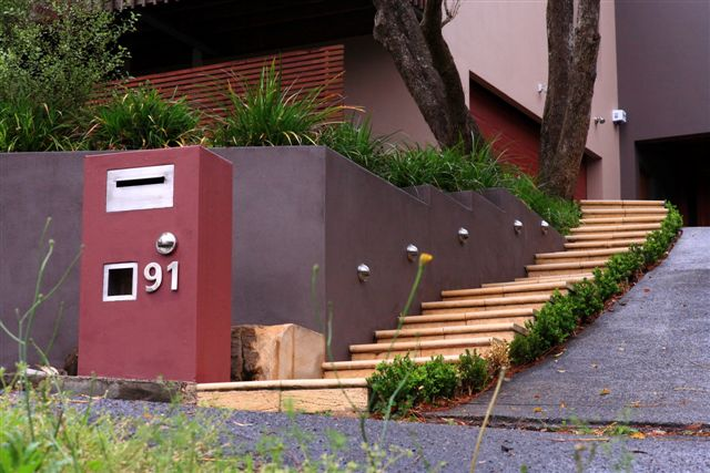 stepped-landscaping-hilly-garden-gallery3